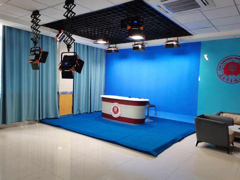 六安市皋城小学虚拟演播室灯光设计方案