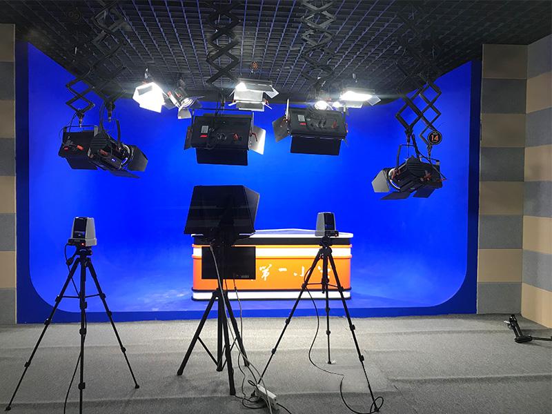 安徽砀山砀城第一小学演播室灯光项目