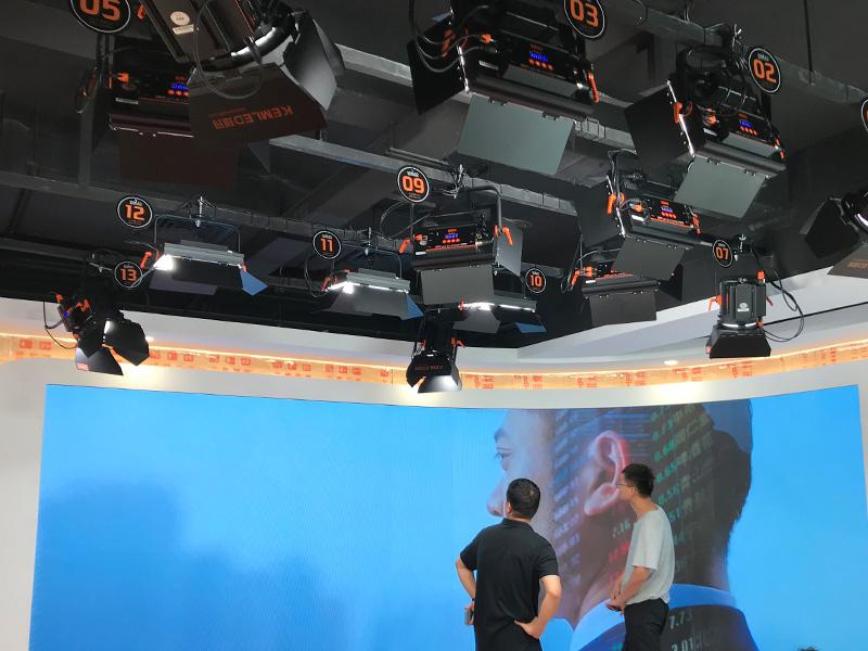 江阴市国家电网融媒体灯光建设项目