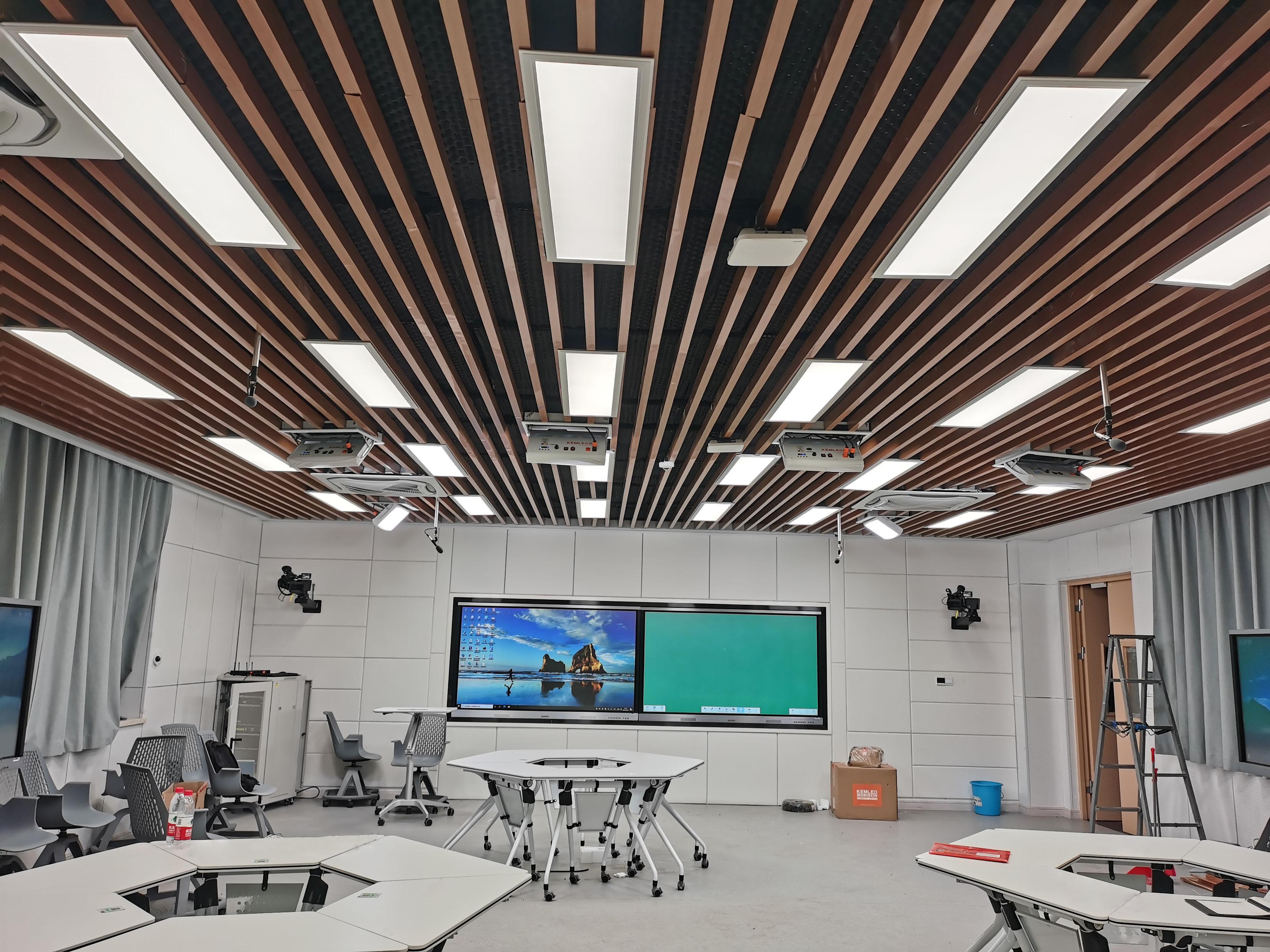 长安大学精品录播教室灯光改造项目