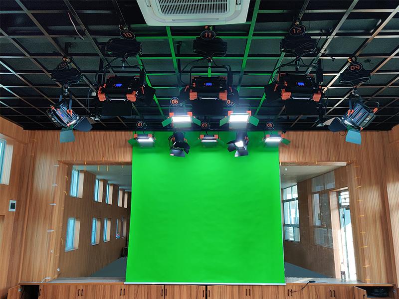 又一个校园演播室灯光新建项目!吴家山第四小学