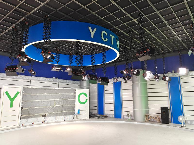 新疆叶城县融媒体中心灯光安装项目